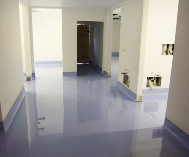 Resuflor FX is a self-smoothing seamless, polyurethane modified epoxy resin floor finish