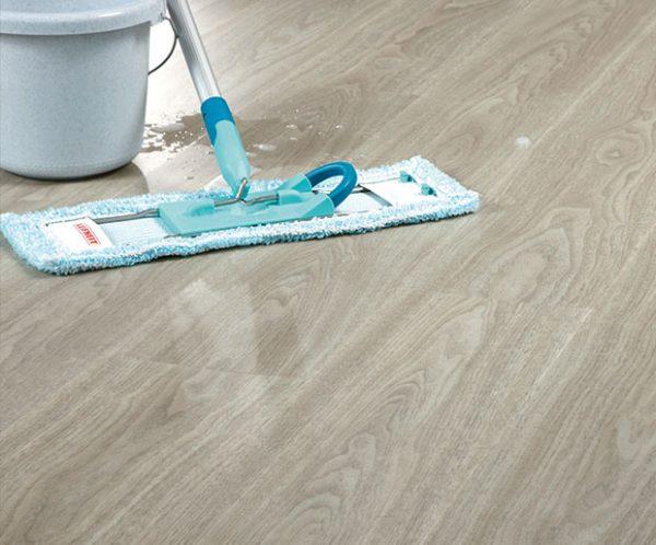 Design Floors Imperial Wood Eden Walnut Vinyl Floor with wooden look