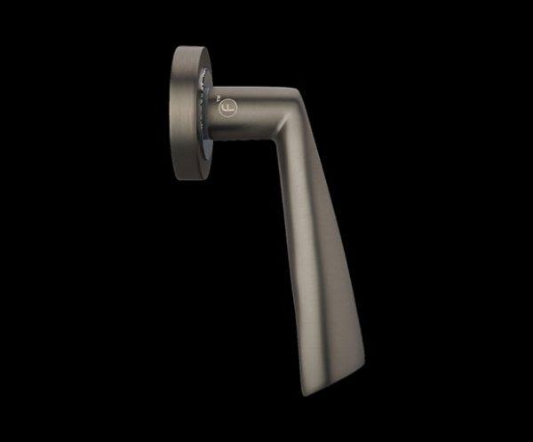 Fortessa gotham Vadar door handle from the side