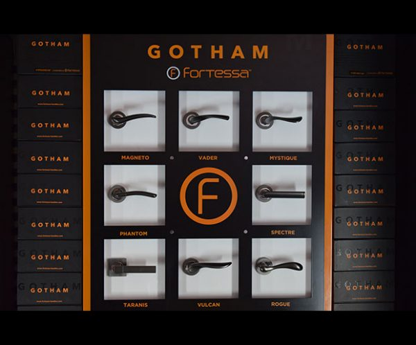 fortessa gotham stand with eight gotham handles and box sets
