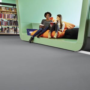reduce impact and ambient noise and enhance underfoot comfort and wellbeing, Silencio xf²™ offers an acoustic linoleum solution with sound reduction of 18dB With a total thickness of 3.8mm