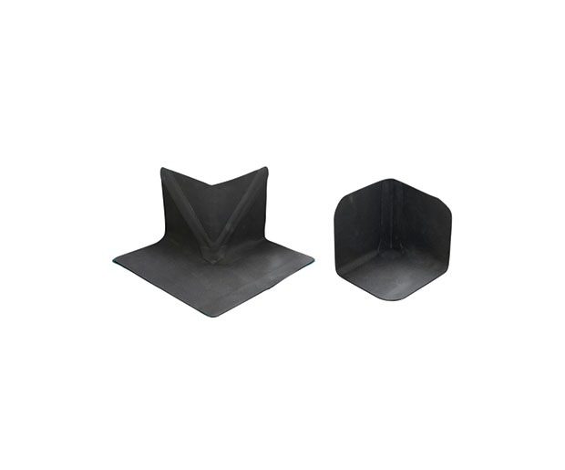 Hertalan Pre-fabricated Corners are unreinforced vulcanised EPDM internal and external corners, also available with EW welding strip.