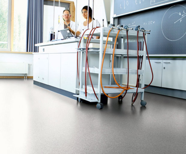 Primo Safe.T is a barefoot suitable safety floor, for wet and dry areas.