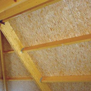 UNIPUR OSB is a self-supporting roof panel with a 12mm water-resistant OSB board which is glued and nailed to four timber rafters.