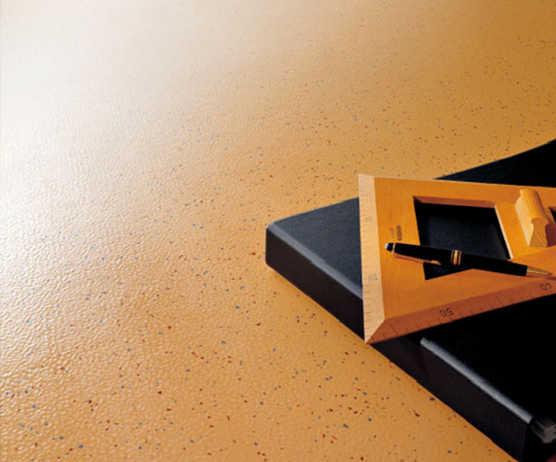 REMP Studway suber - Laydex provide 5 key advantages of rubber floors in a commercial sector