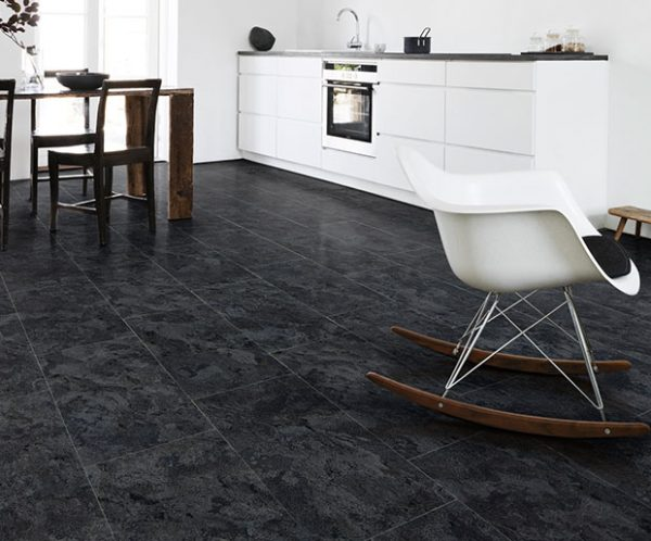 Vinyl Design Floors type Imperial Stone Ocean Slate with Stone Look installed in kitchen