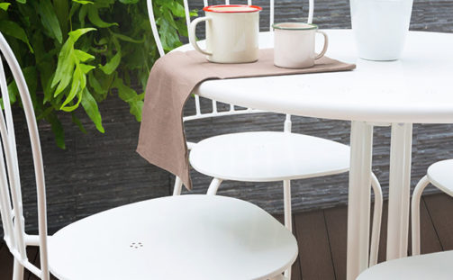 Composite Decking for Commercial Use – Easy-To-Maintain Decking for Bars, Cafes & Restaurants